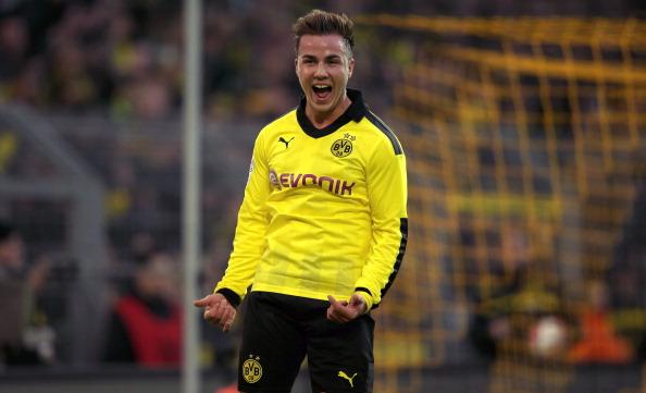Borussia Dortmund v SpVgg Greuther Fuerth - Bundesliga